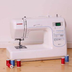 Macchina per cucire JANOME DC8077